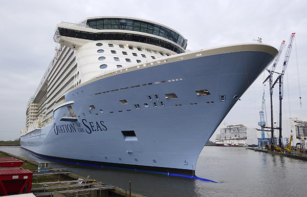 Ausdocken Ovation of the Seas.