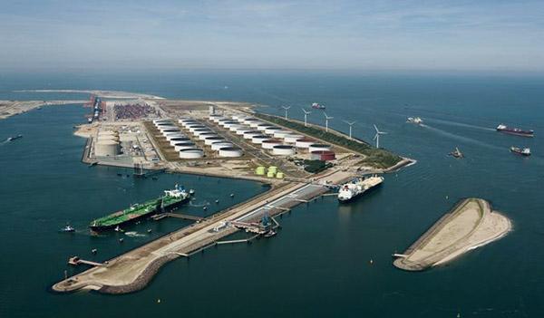 Überblick über das GATE-Terminal in Rotterdam an der Maasflakte.