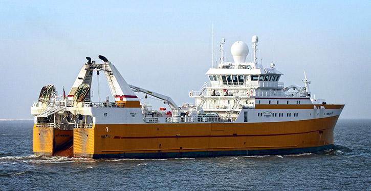 Kirkella läuft zur Fangreise in Richtung Norwegen aus.