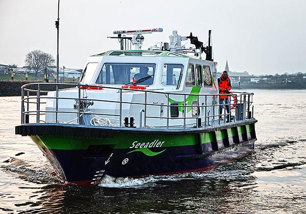 Das neue Peil- und Vermessungsschiff MS SEEADLER der bremenports GmbH während der Überführungsfahrt von Derben nach Bremerhaven.