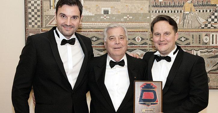 v.l.n.r.: Ljubo Jurisevic (Managing Director of Deerberg), Jochen Deerberg und Tomi Gardemeister (CEO of Evac Group Oy)
