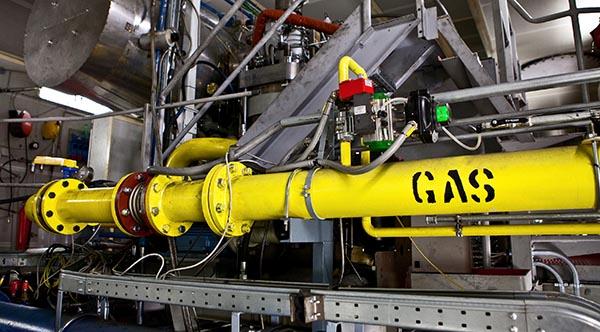 Gaszuleitung für den Wärtsilä RT-flex50DF Schiffsmotor.