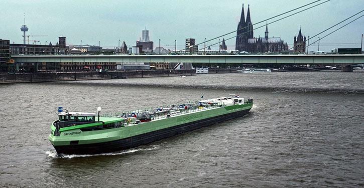 Die Greenstream im Sommer 2013 erstmals in Köln, auf dem Rhein.
