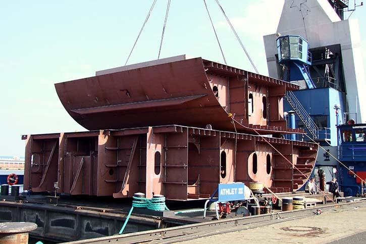 Bei BVT in Bremen vorgefertigten Stahlsektionen für die PRIMULA SEAWAYS.