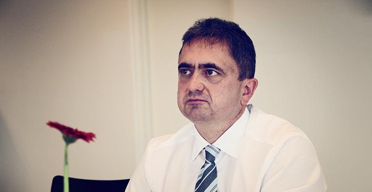 Dr. Uwe Lauber.
