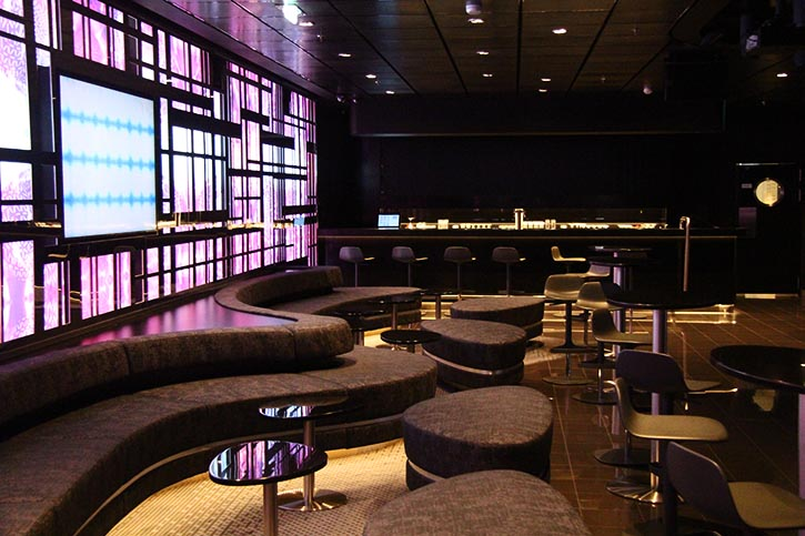 Gäste der MEIN SCHIFF 6 können gegen Zuzahlung in der Abtanz Bar an Escape Room-Challenges teilnehmen.