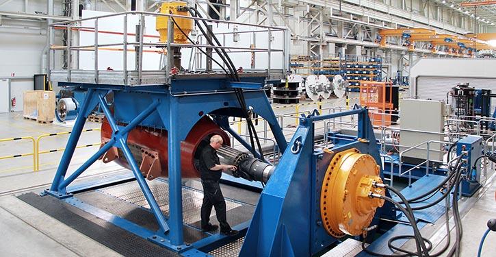 Testaufbau des SRP 800 U Unterwassergetriebes.