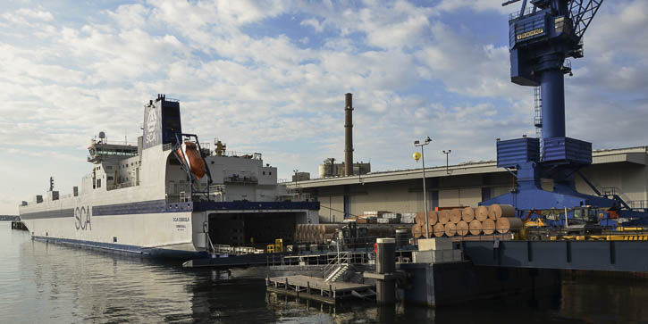SCA-Frachter am Kieler Schwedenkai.