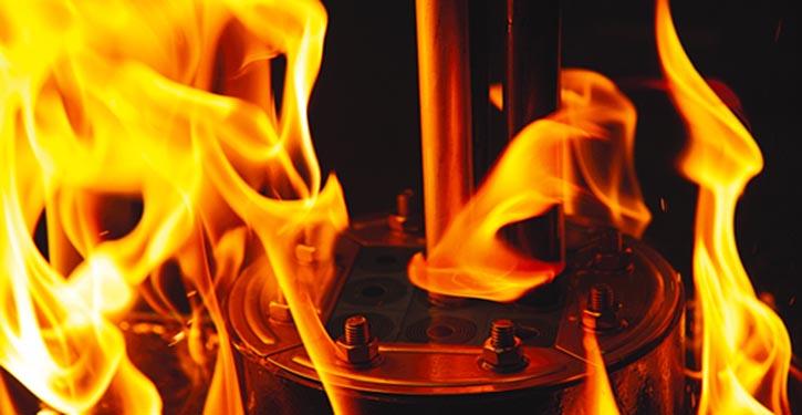 Kabeldurchführungen im Feuertest.