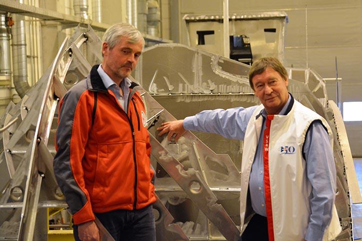 von rechts: Helmut Elsner, DGzRS-Inspektor Carl Göner.