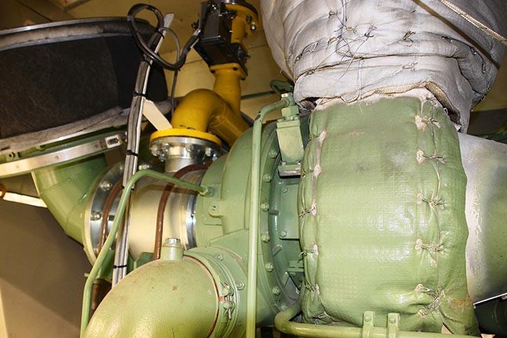 Die Gaseinspeisung vor den Turboladern.