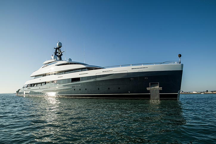 Super yacht ELANDESS. © A&R