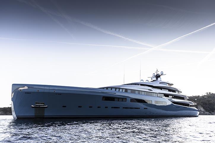 Super Yacht AVIVA. © A&R