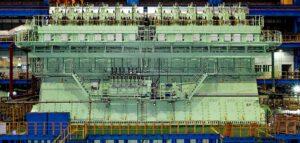 """Wechselmotor der Baureihe """"X92DF"""" von Winterthur Gas & Diesel"""
