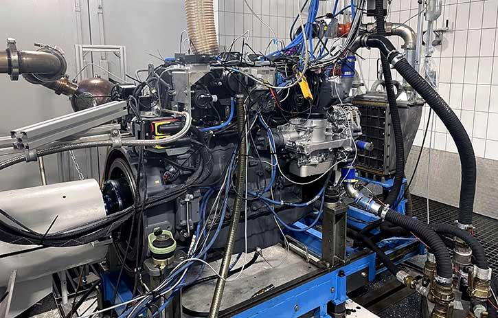 DEUTZ Wasserstoffmotor auf dem Prüfstand