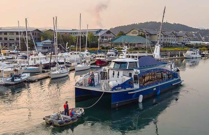 Weltweit erste Fähre, SEA CHANGE, mit Wasserstoff-Brennstoffzellen gestartet